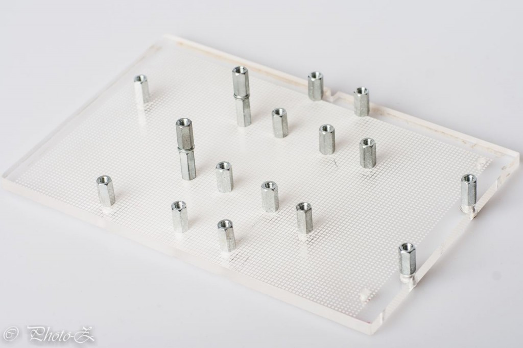 plexiglass board with mounting kit